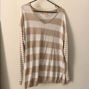 White and tan stripped top!